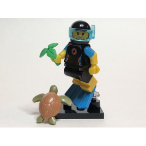 Sea Rescuer, Series 20 (Complete Set with Stand and Accessories)