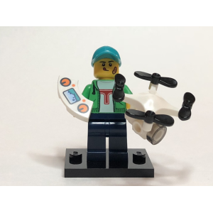 Drone Boy, Series 20 (Complete Set with Stand and Accessories)