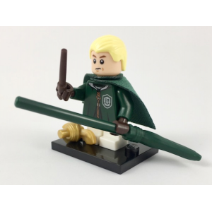 Draco Malfoy in Quidditch Robes, Harry Potter & Fantastic Beasts (Complete Set with Stand and Accessories)